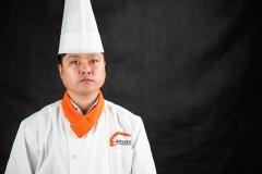 名师专访   陈云龙:行政总厨变身名师大咖,扎根新东方塑创新人才!